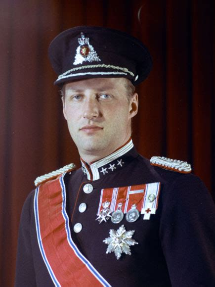 Marie Poutine's Jewels & Royals: King Harald of Norway