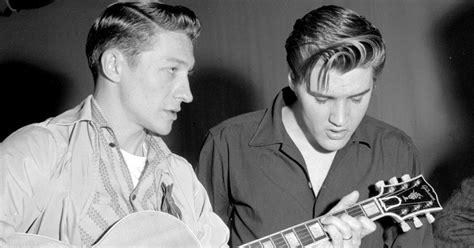 Scotty Moore: 10 Essential Songs   Rolling Stone
