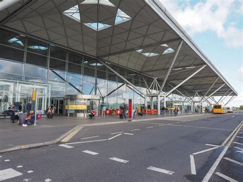 Airports in London, England - Money We Have