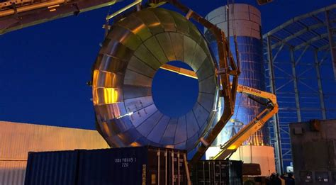 SpaceX preps Texas Starship's second tank dome for