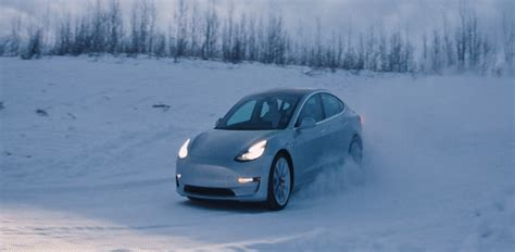 Tesla sends out invites for special Model 3 and S Winter