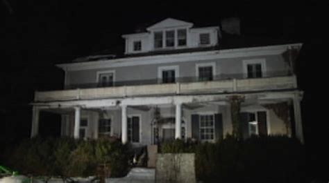 Viral Scary Story Claims Virginia Plantation Is Haunted By