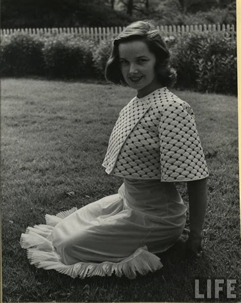 Pictures of 1940s Women in their Attractive Summer
