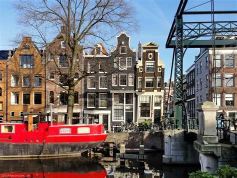 Amsterdam's historic buildings subsiding due to climate