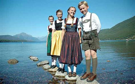 The Real Von Trapp Family Sings at Lamb's Theater in April