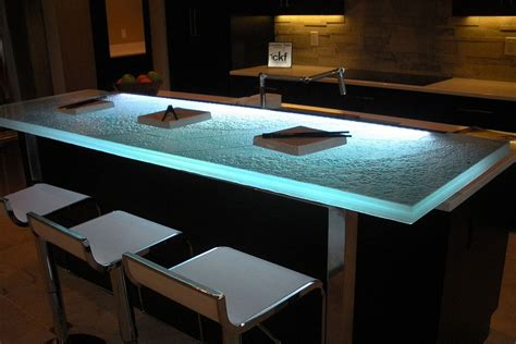 Hot Trends: Talking Glass Countertops With Vladimir