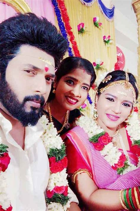 Sembaruthi Serial Story, Cast, Timings, Review, Photos and